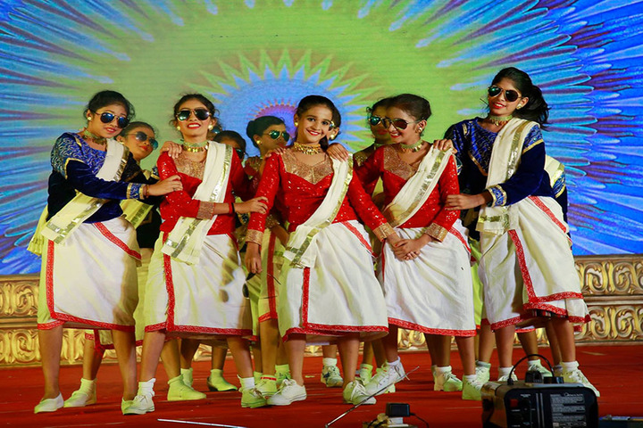 Bharathamatha Cmi Public School-Dances