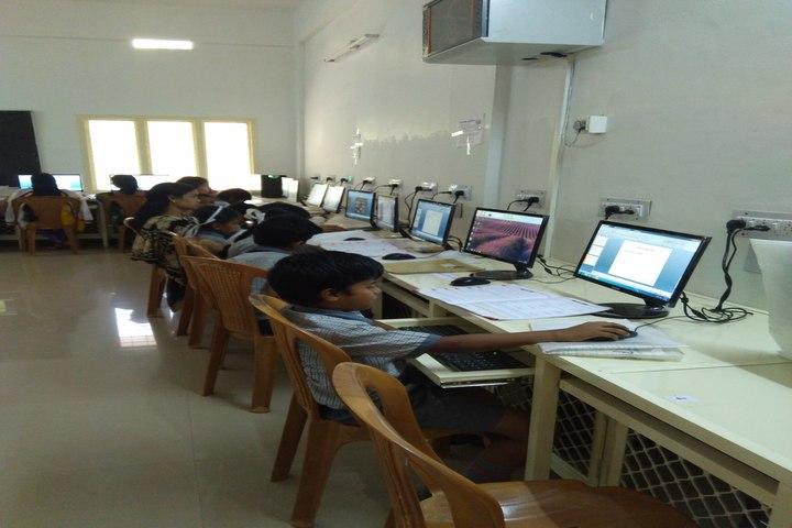 Bharathiya Vidhya Peedam School-Computer Lab