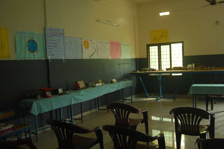 Bharathiya Vidhya Peedam School-Lab