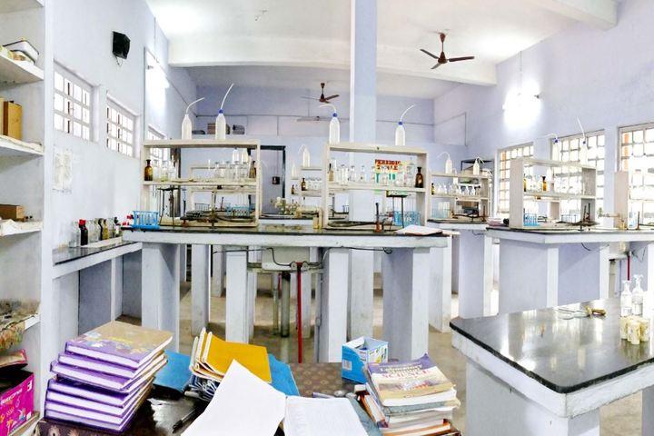Bharatiya Vidya Bhavan Vidya Mandir-Chemistry Lab