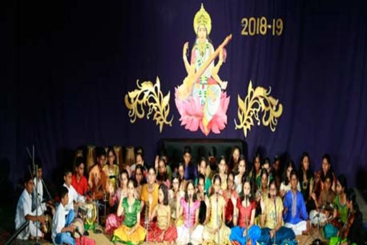 Bhavans Vidya Mandir-Singing