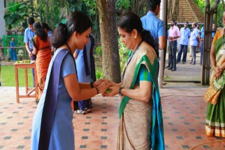Bhavans Vidya Mandir-Teachers Day