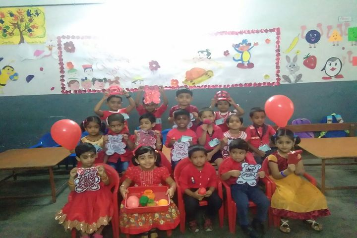Bhavans Vidya Mandir-Red Day