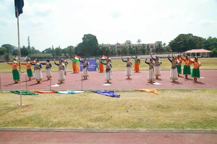 Bhavans Vivekananda Vidya Mandir-Sports Day Dances