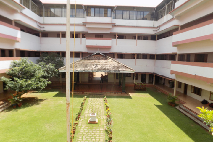 Bhavans Munshi Vidyashram-Campus