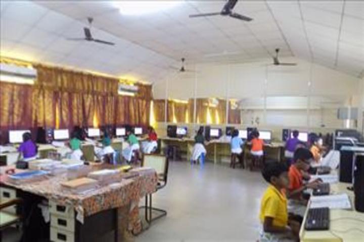 Bhavans Munshi Vidyashram-Computer Lab