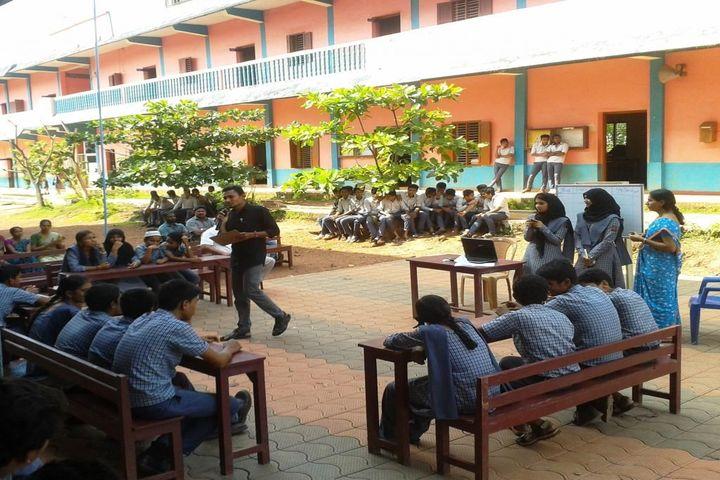 C H Mohammed Koya Memorial School-Quiz Competition
