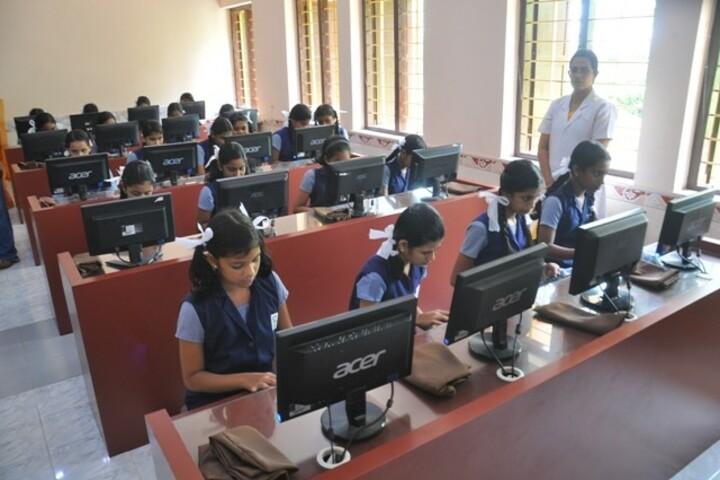 Carmel Central School-Computer Lab