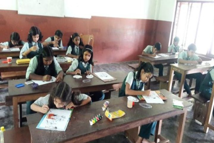 Carmel Rani Public School-Classroom