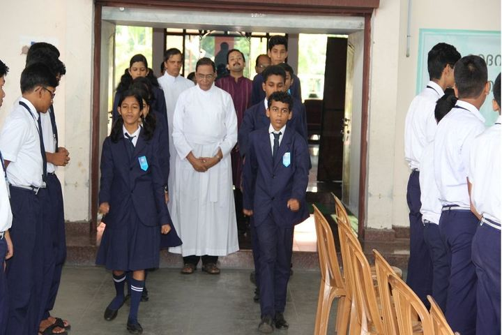 Chavara Darshan Cmi Public School-Investiture Ceremony