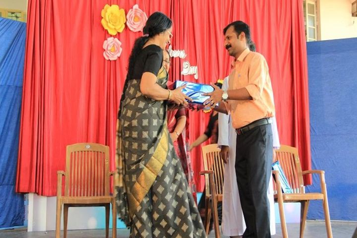 Chavara Darshan Cmi Public School-Teachers Day