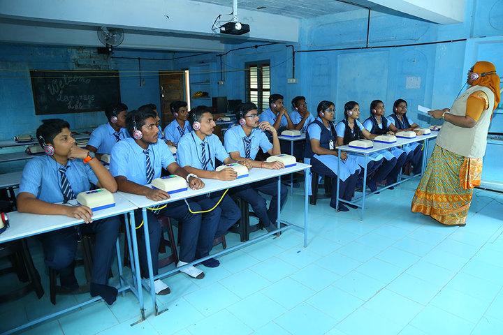 Cherupushpa Bethany School-Language Lab