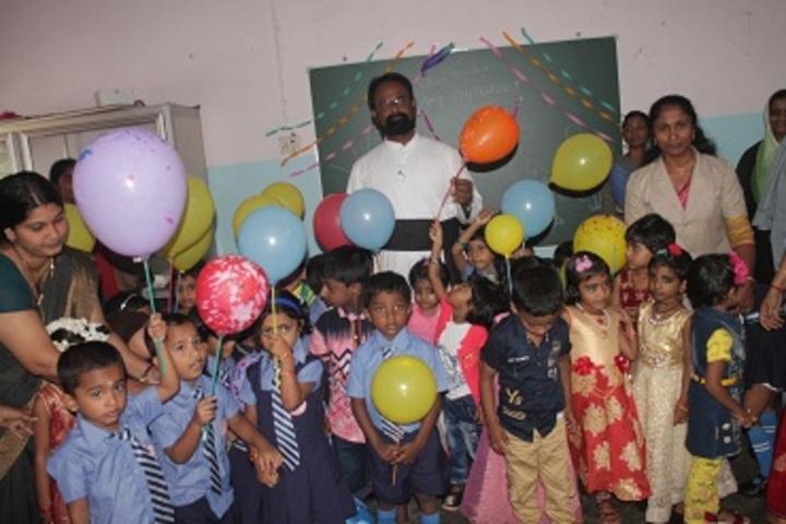 Cherupushpa Central School-Classroom Activity