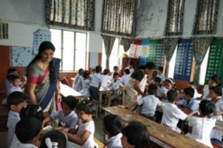 Chinmaya Vidyalaya-Classroom Activity