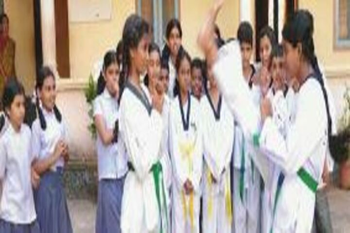 Chinmaya Vidyalaya-Karate Activity