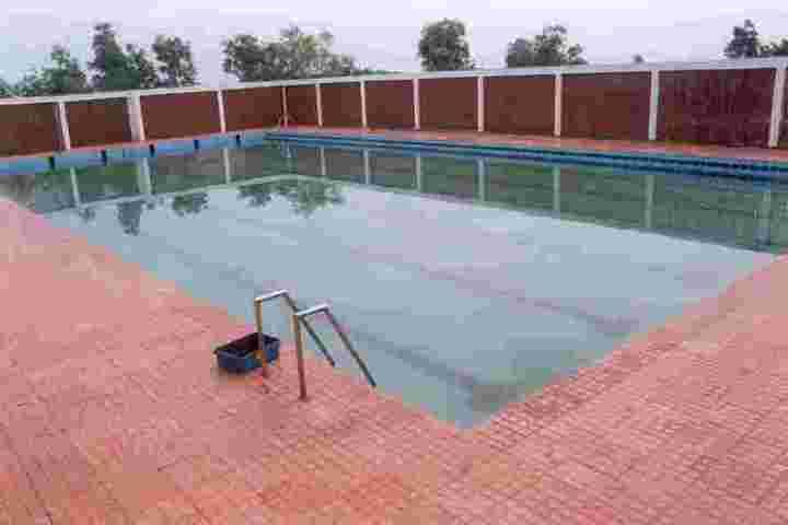 Chinmaya Vidyalaya-Swimming Pool