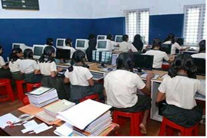 Christva Mahilalayam Public School-Computer Lab