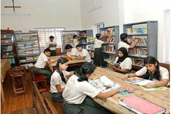 Christva Mahilalayam Public School-Library
