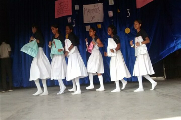 Christva Mahilalayam Public School-Mathematics Day