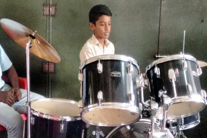 Crescent Public School-Music Room