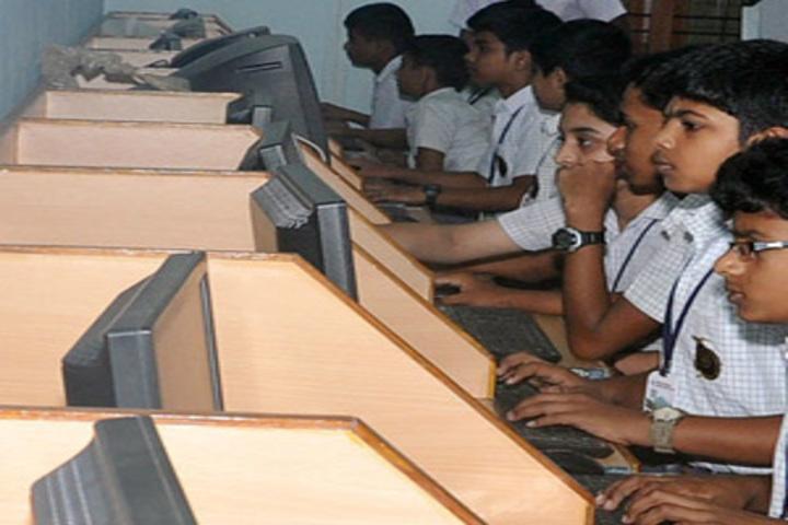 Darul Aman English Medium Senior Secondary School-Computer Lab