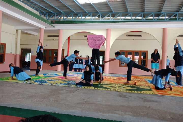 Darusslam Public School-Yoga Day