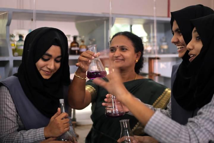 Dayapuram Residential School-Chemistry Lab