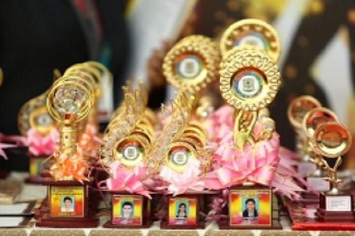 De Paul Public School-Prizes