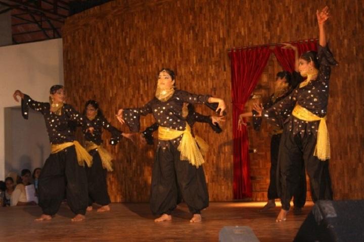 Devagiri CMI Public School-Dance