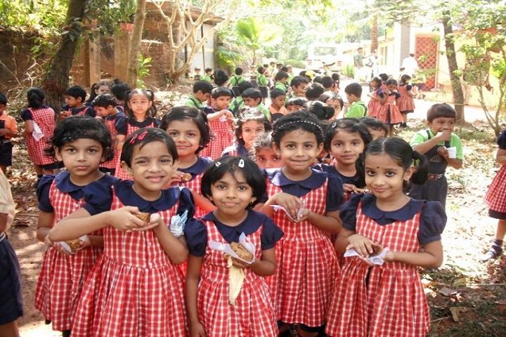 Devagiri CMI Public School-Lkg students