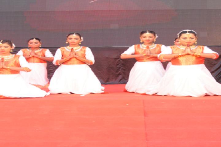 Emmaus Public School-Prayer dances