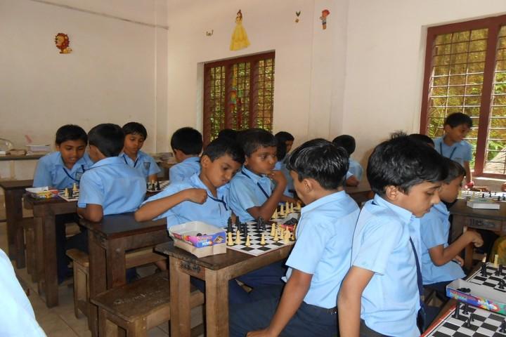 Hira Residential School-Indoor Games