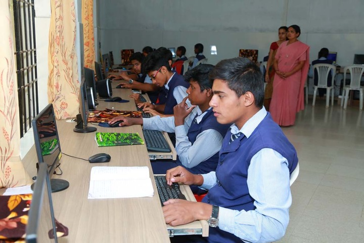 Holy Cross Convent School-Computer Lab