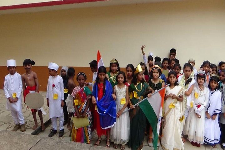 Holy Cross Convent School-Fancy Dress Competiton