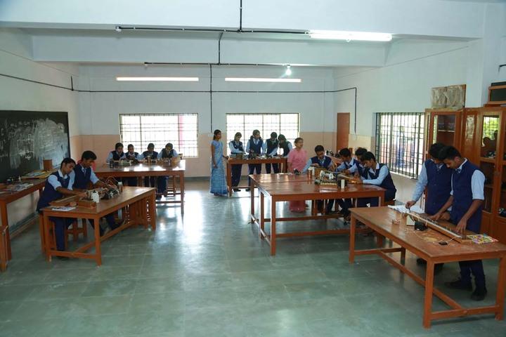Holy Cross Convent School-Physics Lab