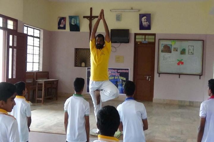 Holy Cross Convent School-Yoga