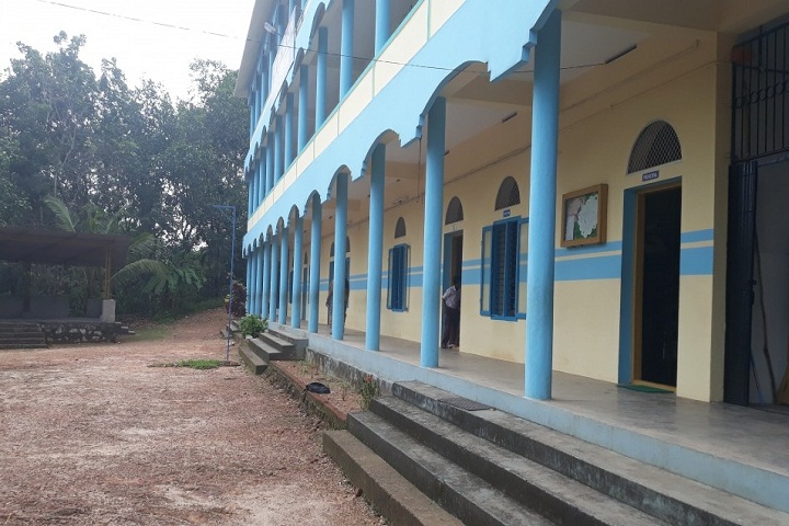 Holy Cross Public School-School Corridors