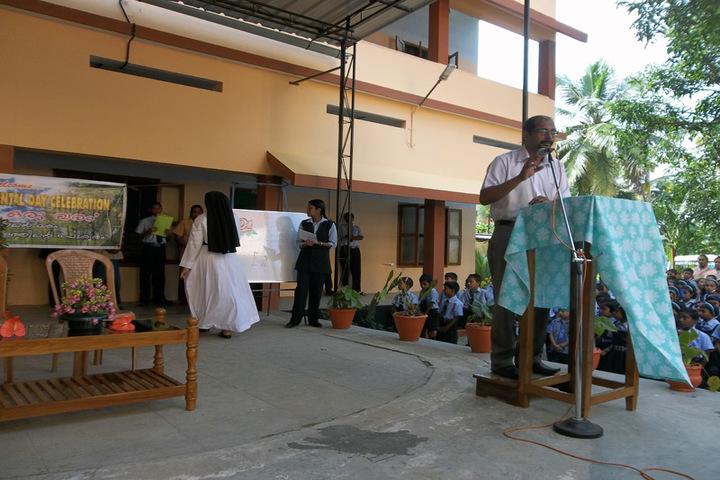 Holy Family Public School-Seminar