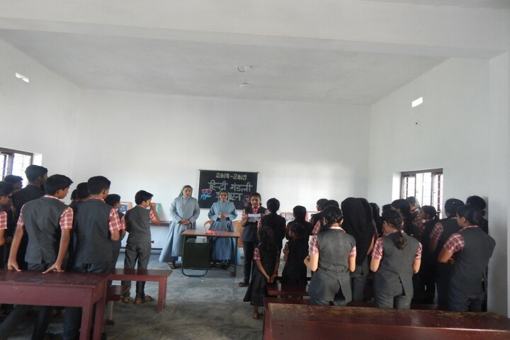 Holy Family Convent Public Scool-Hindi Club