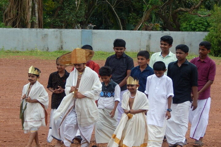 Holy Family Convent Public Scool-Onam Celebrations