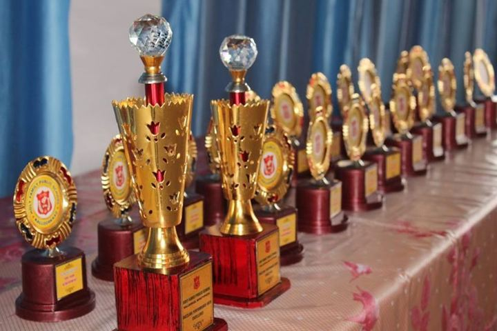 Holy Family Public School-Prizes