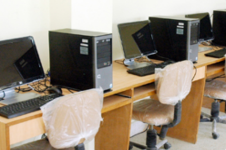 Holy India Foundation School-Computer Lab