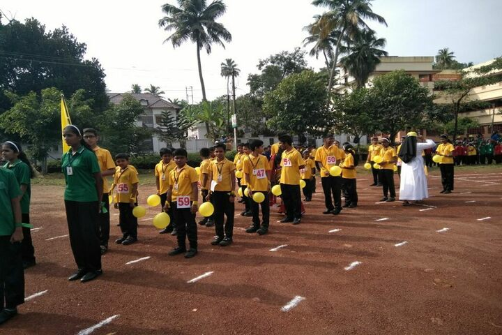 Holy Kings Public School-Sports Day Meet