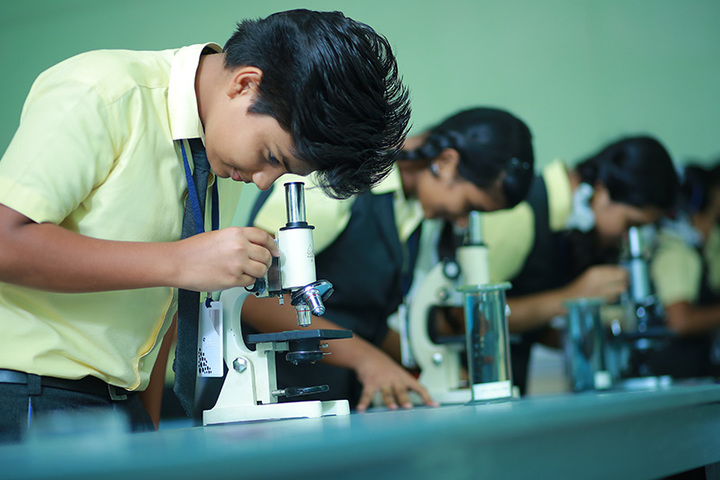 Holy Trinity Vidya Bhavan-Biology Lab