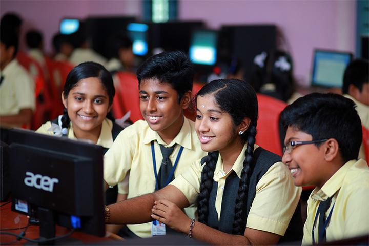 Holy Trinity Vidya Bhavan-Computer Lab