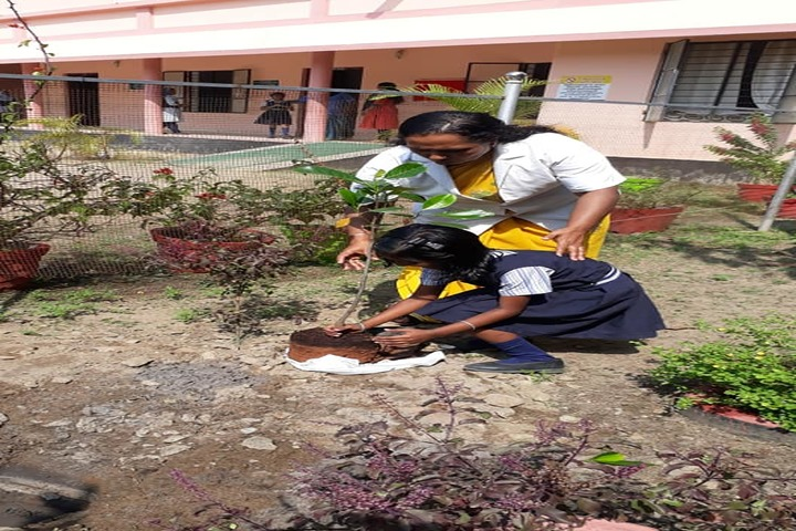 Huda Trust Public School-Earth Day