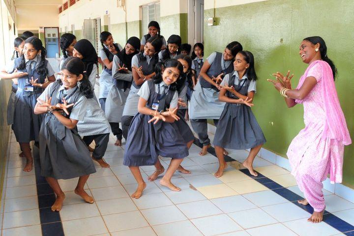 I E S Public School-Dance Class