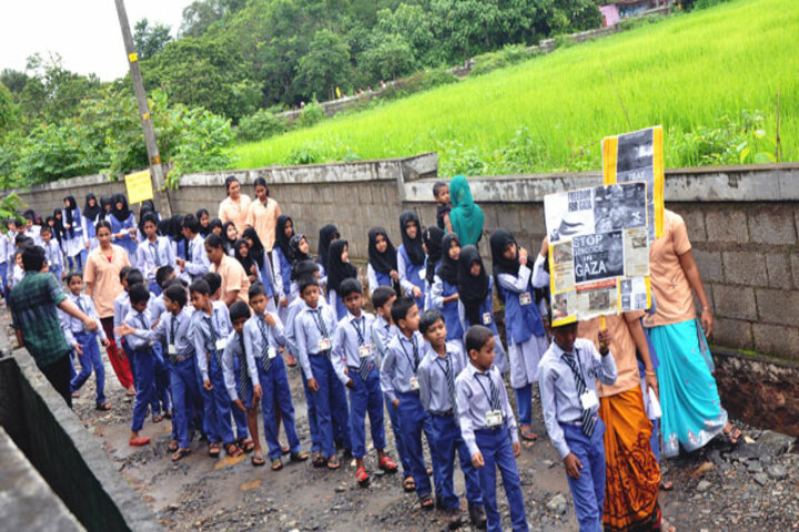 I G English School-Rally