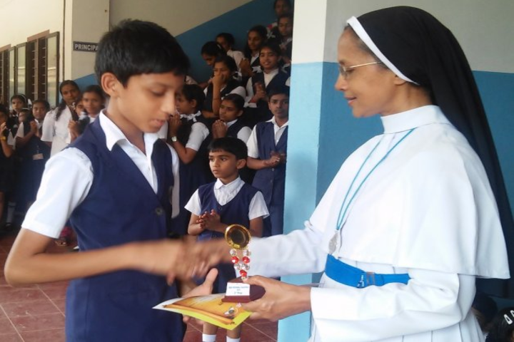 Jai Rani Sabs Public Scool-Prize Distribution