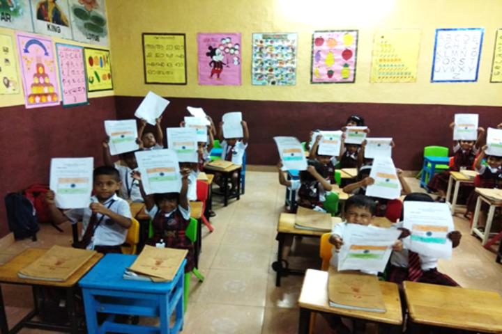Jamia Hassania Public School-Classroom